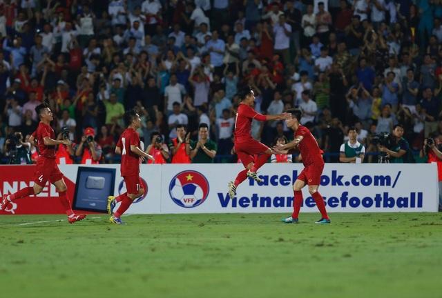 U23 Việt Nam 2-0 U23 Myanmar: Việt Hưng, Tiến Linh lập công - 16