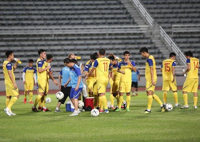 Đội tuyển Việt Nam tập cực sung trước trận gặp Curacao - 8