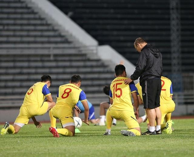Đội tuyển Việt Nam tập cực sung trước trận gặp Curacao - 10