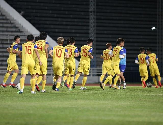 Đội tuyển Việt Nam tập cực sung trước trận gặp Curacao - 4