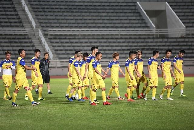 Đội tuyển Việt Nam tập cực sung trước trận gặp Curacao - 1