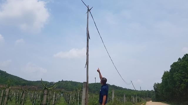Hiểm họa từ những cột điện có một không hai tại Hà Tĩnh - 3