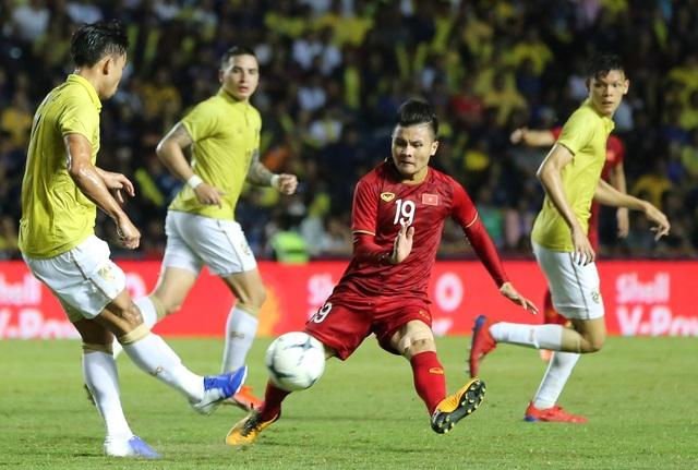 Thái Lan được nhiều hơn mất sau trận thua đội tuyển Việt Nam