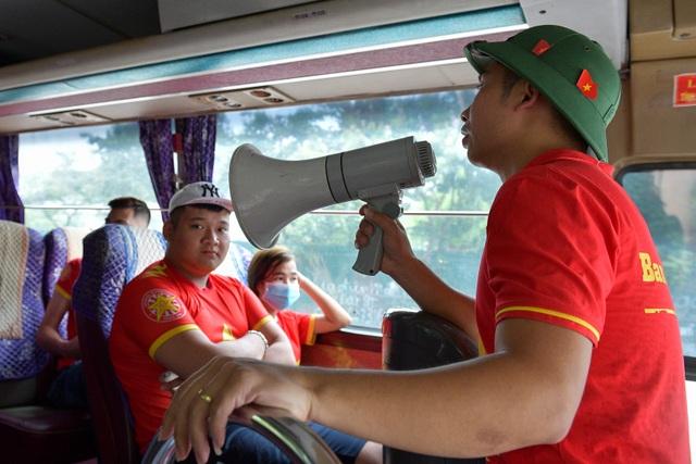 CĐV Hà Nội lên Phú Thọ cổ vũ cho U23 Việt Nam gặp Myanmar - 7