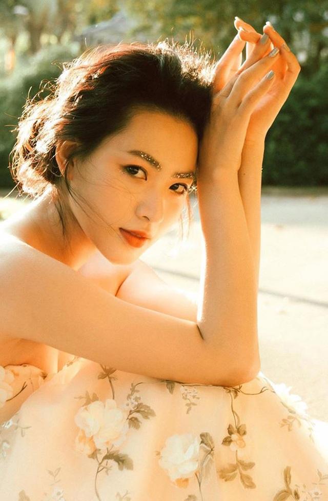 Cô gái Hải Phòng sắc nước hương trời, đẹp như thần tiên tỷ tỷ Lưu Diệc Phi - 12