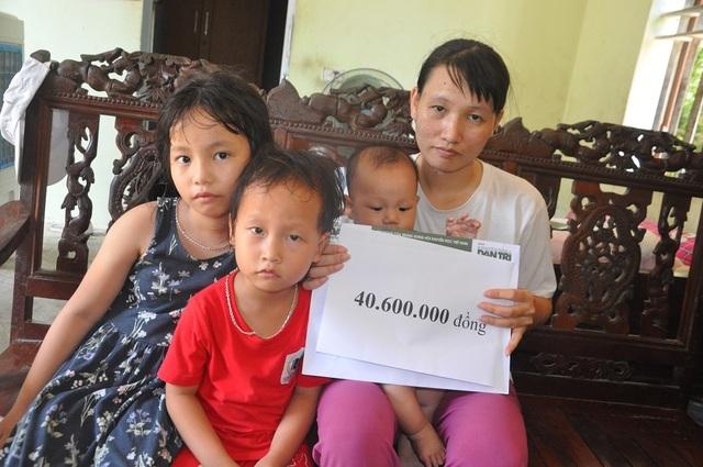 Hơn 40 triệu đồng tiếp tục được trao tặng 4 mẹ con bơ vơ ôm khoản nợ khủng sau cái chết của chồng - 5