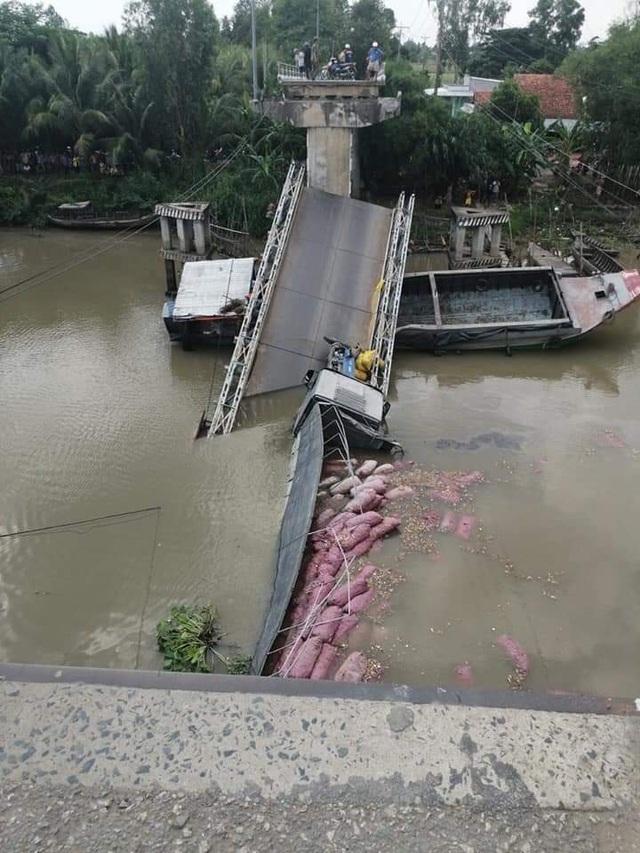 Đã khắc phục xong cây cầu bê tông bị xe tải hạ gục - 2