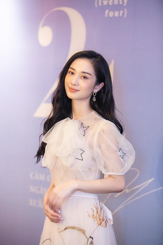 """Jun Vũ tiết lộ mối duyên với Ngô Thanh Vân và thực hư """"nâng ngực kiếm đại gia"""" - 5"""