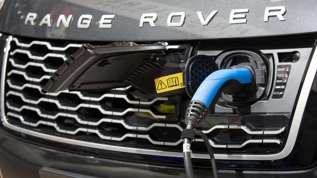 BMW và Jaguar Land Rover bắt tay hợp tác - 1