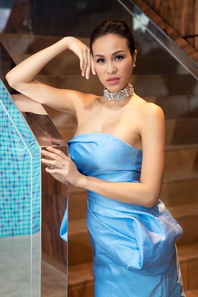 """Siêu mẫu Phương Mai lên tiếng tin đồn lấy chồng đại gia, """"cưới chạy bầu"""" - 4"""