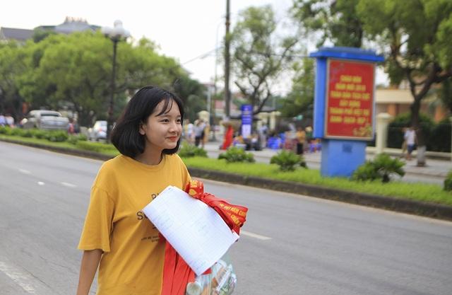 Người dân Phú Thọ phấn khích trước trận giao hữu U23 Việt Nam - U23 Myanmar - 8