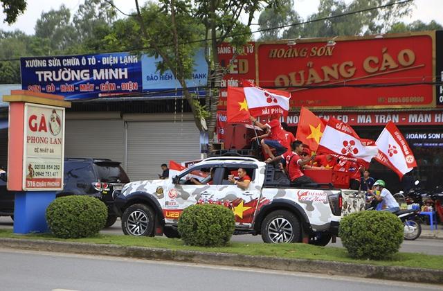 Người dân Phú Thọ phấn khích trước trận giao hữu U23 Việt Nam - U23 Myanmar - 3