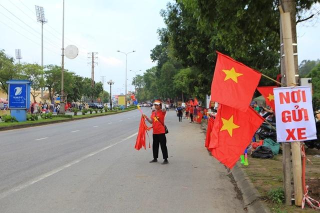Người dân Phú Thọ phấn khích trước trận giao hữu U23 Việt Nam - U23 Myanmar - 1