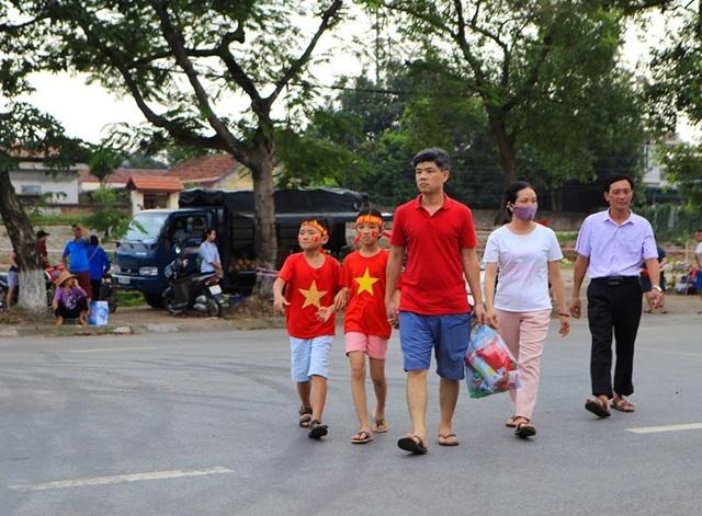 Người dân Phú Thọ phấn khích trước trận giao hữu U23 Việt Nam - U23 Myanmar - 2