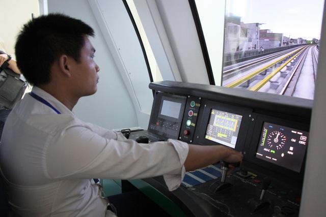 Lái tàu Cát Linh - Hà Đông trên mô hình để tập xử lý sự cố - 5