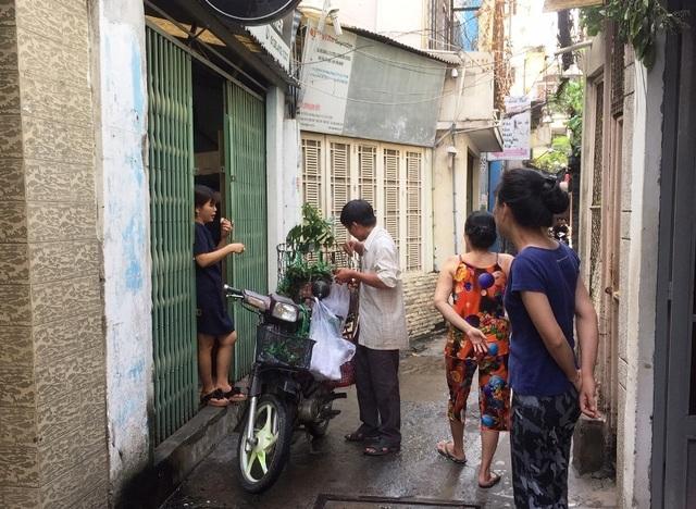 """TPHCM: """"Bát nháo"""" giá bánh ú tro trong dịp Tết Đoan Ngọ - 4"""