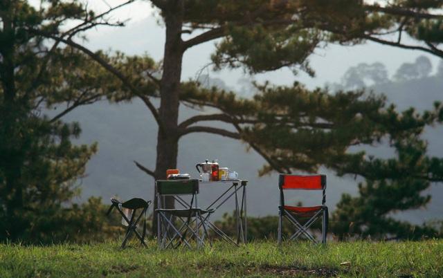 """Đến Đà Lạt thử trải nghiệm cắm trại, săn mây """"đẹp quên lối về"""" - 4"""