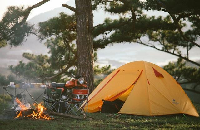 """Đến Đà Lạt thử trải nghiệm cắm trại, săn mây """"đẹp quên lối về"""" - 5"""