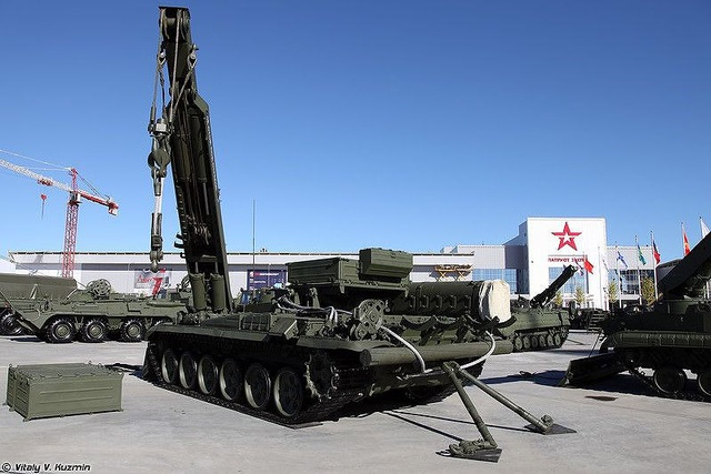 Xe tăng chủ chiến T-90 Việt Nam có trợ thủ siêu đặc biệt - 7