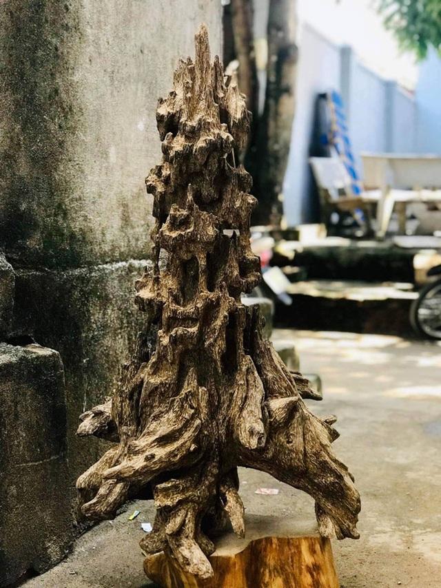 Lặn lội hơn 20 năm, đại gia Hà thành tốn hàng đống tiền để có bộ sưu tập từ gỗ trầm lũa - 4