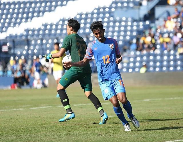 Vượt qua Thái Lan, Ấn Độ giành hạng 3 tại King's Cup - 8