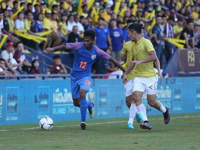 Vượt qua Thái Lan, Ấn Độ giành hạng 3 tại King's Cup - 11