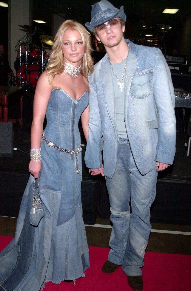 """Mặc """"đồ đôi"""" khó đẹp, ngay cả với các ngôi sao - 2"""