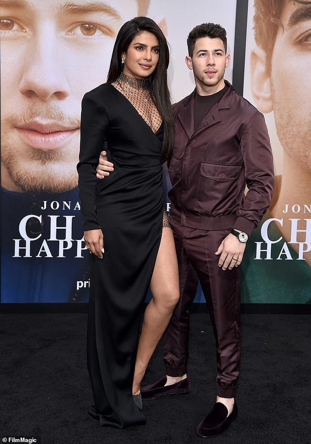 Nick Jonas luôn ngưỡng mộ bạn gái cũ - 2