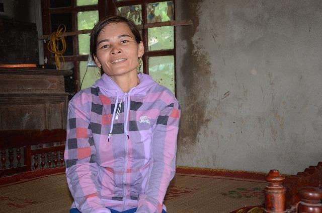 Bạn đọc Dân trí vượt trăm cây số giúp đỡ người đàn bà sống chung xương sống với con trai - 8