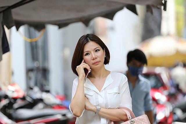Bỏ 1 tỷ đồng thuê người chém chồng, vợ bác sĩ Chiêm Quốc Thái hầu tòa - 1