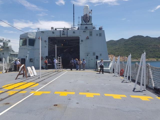 Hệ thống tác chiến hiện đại trên 2 chiến hạm Canada đang thăm Cam Ranh - 3