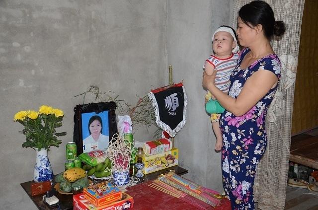 Lao vào cứu chồng, người vợ bị điện giật tử vong bỏ lại đứa con trai 9 tháng tuổi bơ vơ - 8
