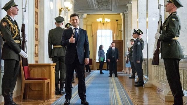 Ngôi sao nhạc rock, diễn viên, danh hài chạy đua vào quốc hội Ukraine - 1