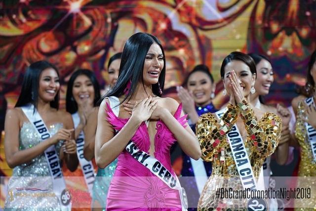 Nhan sắc bốc lửa của tân hoa hậu Philippines - 4