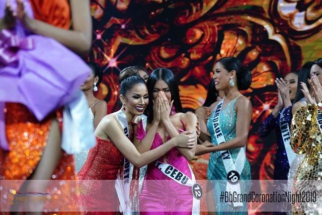 Nhan sắc bốc lửa của tân hoa hậu Philippines - 5