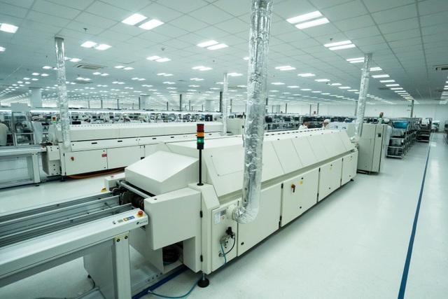Vingroup động thổ nhà máy điện thoại thông minh công suất 125 triệu máy/năm - 2