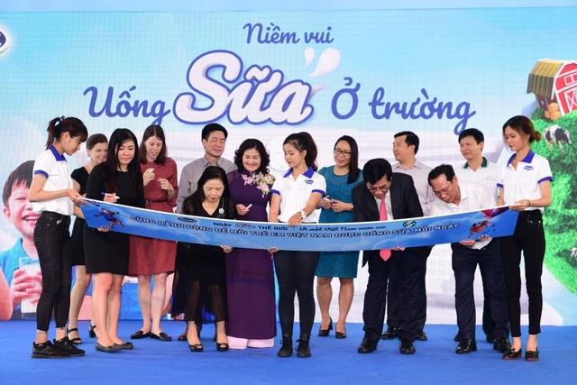 Công bố chủ đề Hưởng ứng Ngày sữa thế giới, Vinamilk tiếp tục vì một Việt Nam vươn cao - 1