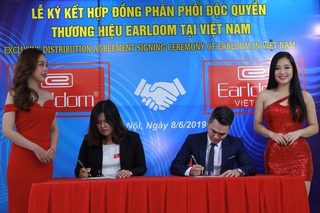 Khai trương showroom phụ kiện điện thoại hàng đầu Trung Quốc tại Hà Nội - 2