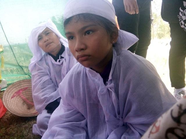 Thi thể 2 lao động Việt bị sát hại tại Angola đã được đưa về quê nhà - 4