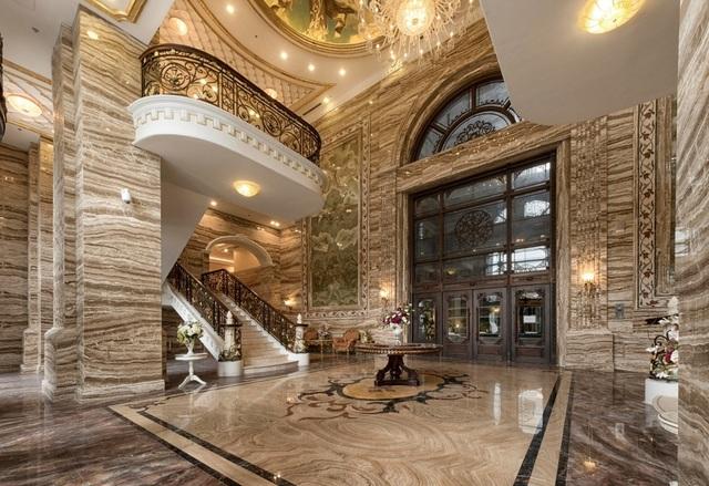 D. Palais Louis đã mê hoặc khách hàng như thế nào? - 4