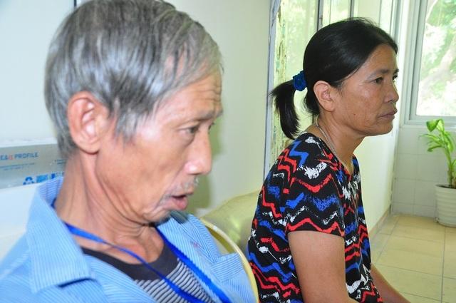 Rớt nước mắt cảnh vợ chồng ung thư nhường nhau suất cơm từ thiện để sống qua ngày - 8