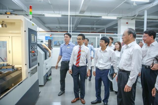 HUTECH chính thức tuyển sinh ngành Ngôn ngữ Trung Quốc trình độ Đại học - 3