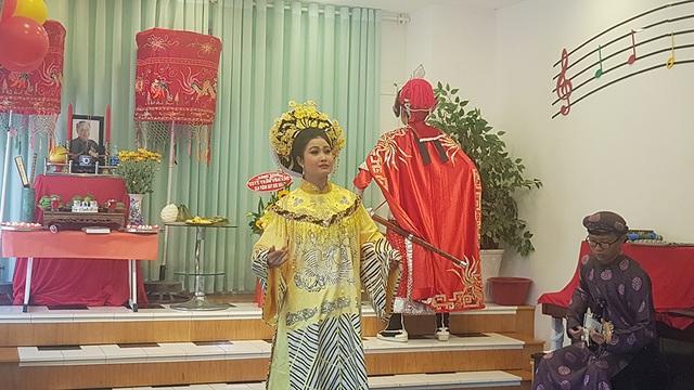 Giản dị và ấm cúng Lễ tưởng niệm 4 năm ngày mất GS.TS Trần Văn Khê - 12