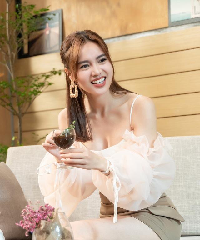 Ninh Dương Lan Ngọc từng muốn bỏ nghề vì tin đồn làm gái, mua giải - 3