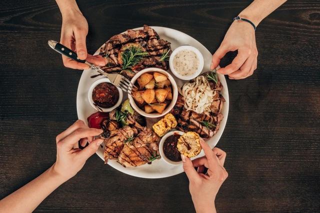 Thịt gà không tốt hơn thịt bò để giảm cholesterol - 1