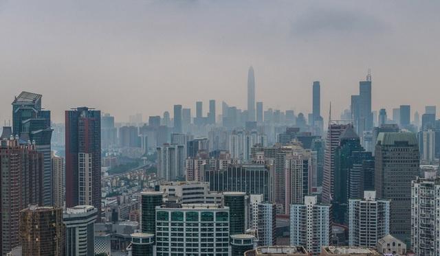 """Mỹ tấn công """"đầu rồng"""" Huawei, thủ phủ công nghệ Trung Quốc điêu đứng - 1"""