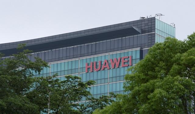 """Mỹ tấn công """"đầu rồng"""" Huawei, thủ phủ công nghệ Trung Quốc điêu đứng - 2"""