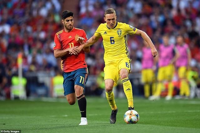 Tây Ban Nha 3-0 Thụy Điển: Ramos, Morata lập công - 14