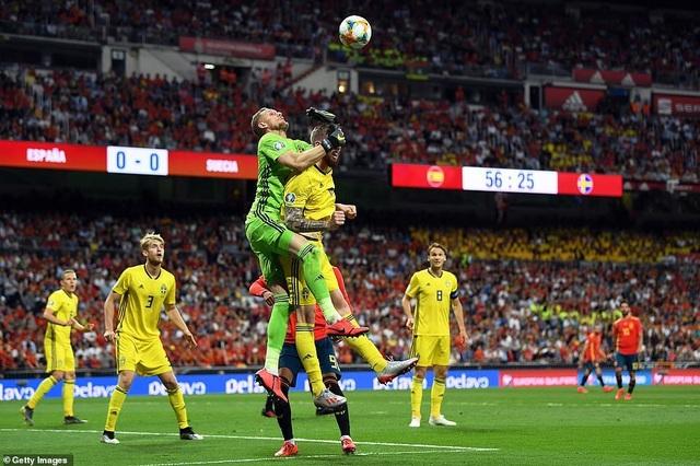 Tây Ban Nha 3-0 Thụy Điển: Ramos, Morata lập công - 16