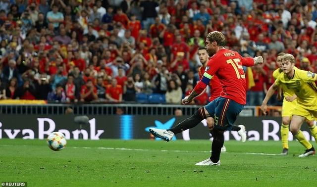 Tây Ban Nha 3-0 Thụy Điển: Ramos, Morata lập công - 2